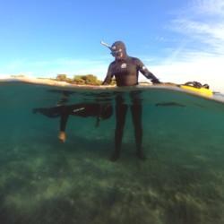 apnée statique en milieu aquatique protégé lors d'une initiation à l'apnée